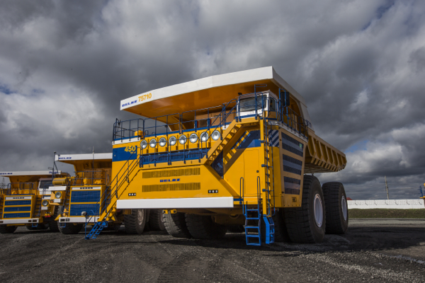 belaz launches world's largest mining dump truck